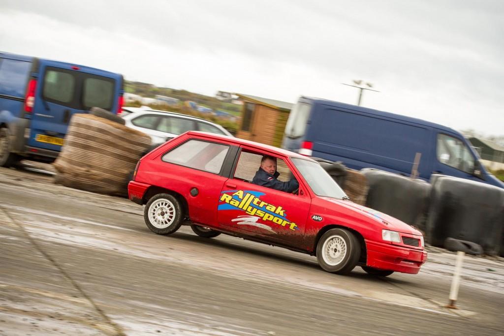 1st overall - Alan Hyde (Vauxhall Nova)