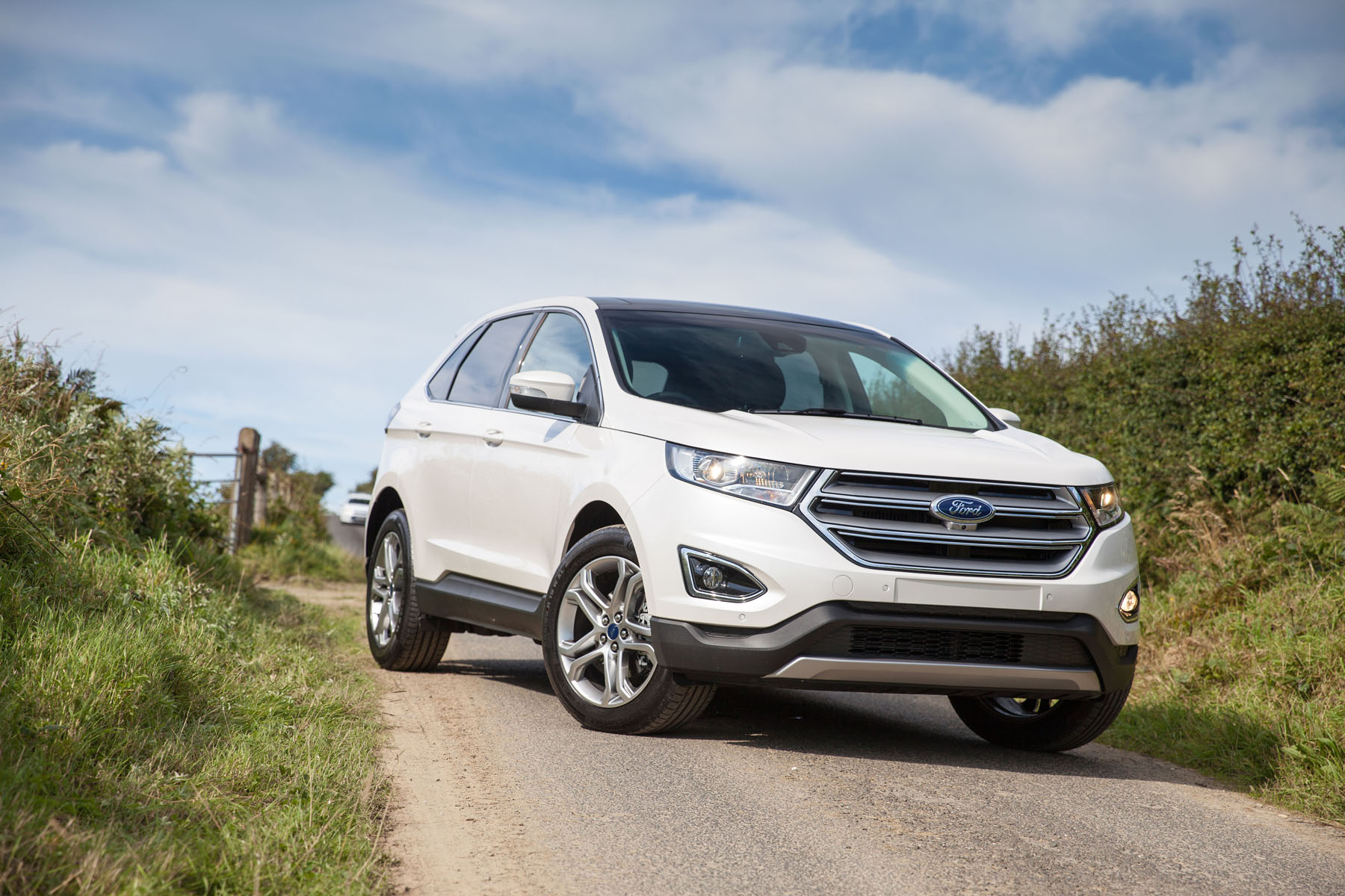 can ford edge ahead of stiff suv competition used cars ni blog. Black Bedroom Furniture Sets. Home Design Ideas