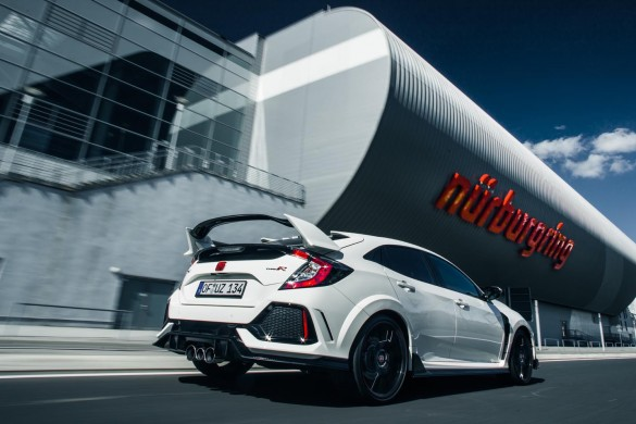 Honda Civic TypeR Nurburgring Time Attack April 2017 Worldwide Copyright:  © Patrick Gosling, Chris Brown/ Beadyeye