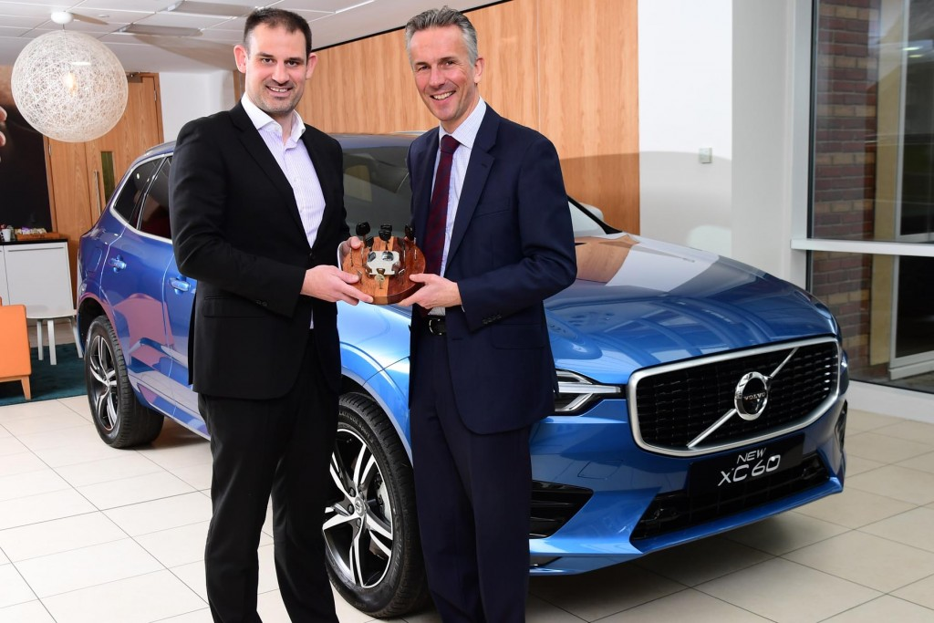 Jon Wakefield, managing director at Volvo Car UK (right), with John Challen, director of UK Car of the Year Awards