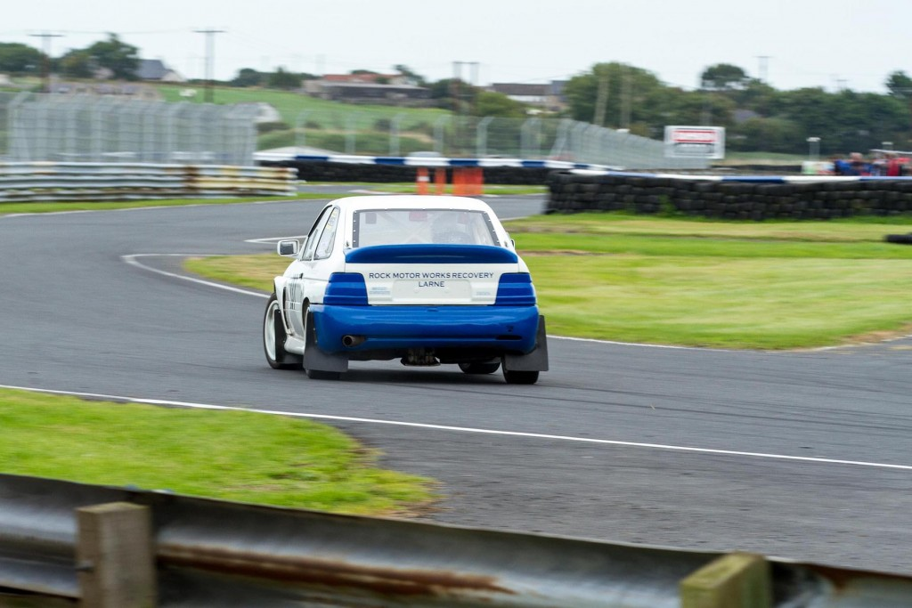 Ryan Murphy struggling for grip in his Escort Cosworth...