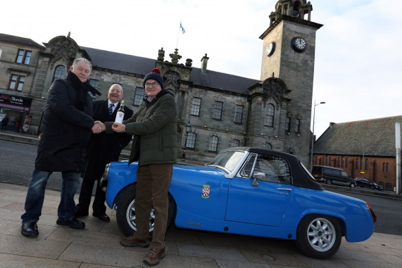 Dram for Monte Carlo 2019 PIC SHOWS Provost William Hendrie, Ballie Denis Agnew with Douglas Anderson who will be delivering the bottle to the Prince in the WDC Car