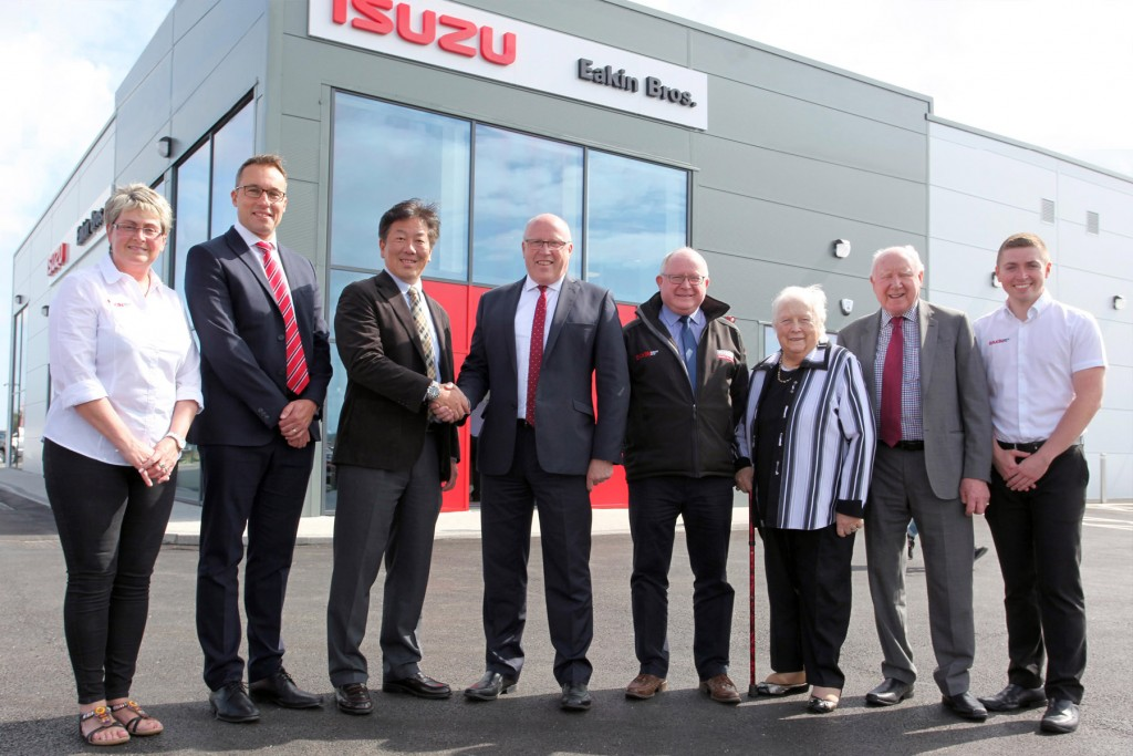 The official opening of Eakin Bros new showroom by Mikio Tsukui, Managing Director and CEO Isuzu Europe and UK Managing Director, William Brown.